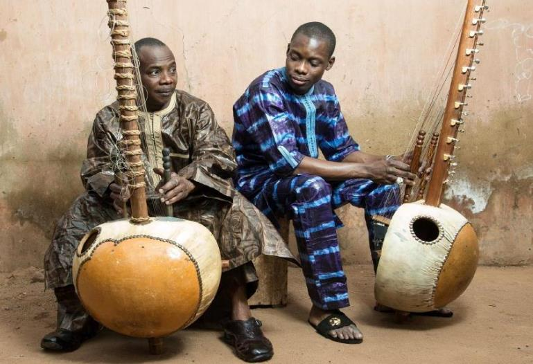 Toumani Diabaté and his son Sidiki